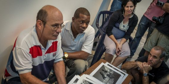 Cuban photographer, Jose Marti, discussing his work with students during a photo graphy workshop | Havana, Cuba | Steve Anchell Photography Workshop and Tour