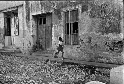 Girl Running, Trinidad
