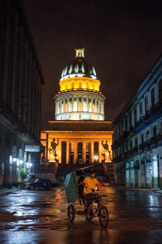 Cuba_078-CapitoloNight-1543