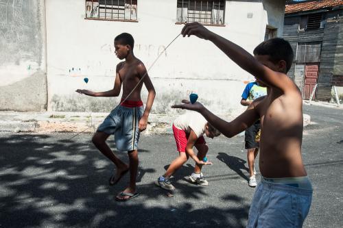Cuba_090-008-Regla-ChildrenPlaying-0084